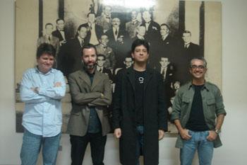 Julio Daio Borges, Michel Laub, Mario AV Amaya e Luli Radfahrer em foto de Verônica Mambrini