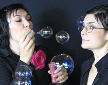 Juliana Galdino e Arieta Corrêa: interpretação irretocável