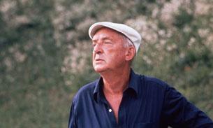 Vladimir Nabokov. Suíça, cerca de 1975. Horst Tappe/Getty Images.